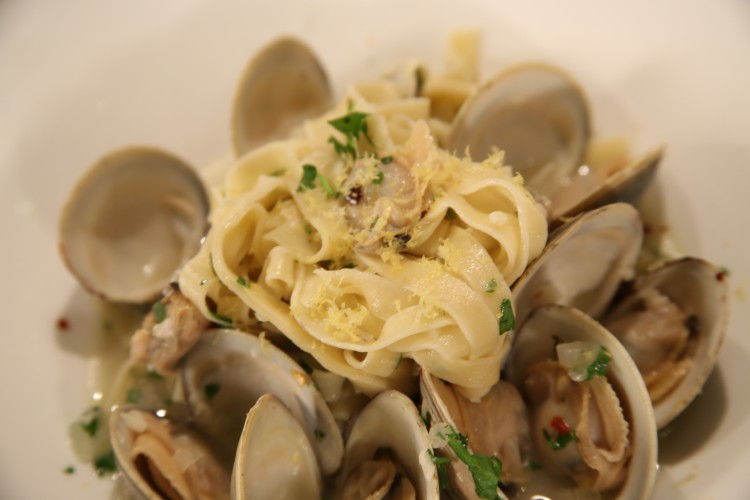 Peter Russo's Fettuccine and Clams from 700 Drayton Cooking School