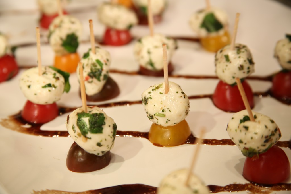 Mini Caprese Bites with Balsamic Drizzle